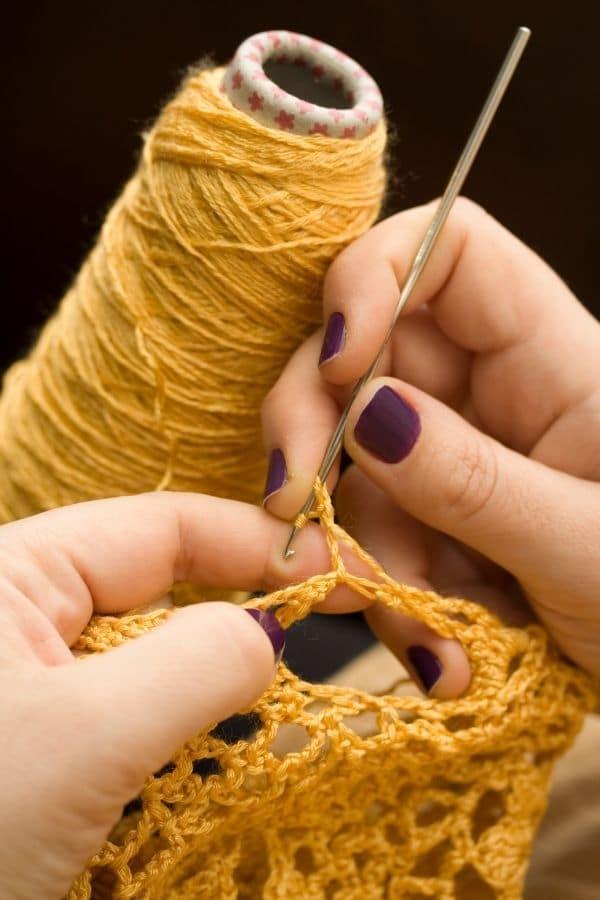 Crochet amarillo